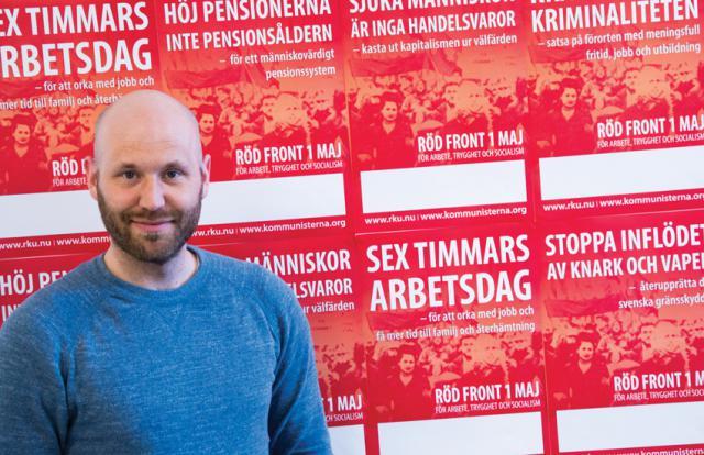 Kommunistiska Partiets partisekreterare uppmanar alla som vill se en riktig arbetarpolitik i Sverige att sluta upp i Röd Front.