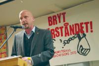 Kommunistiska Partiets ordförande Robert Mathiasson.